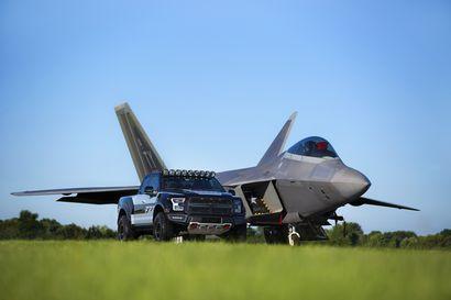 2017 F-22 F-150 Raptor alongside F-22 front 7/8 view