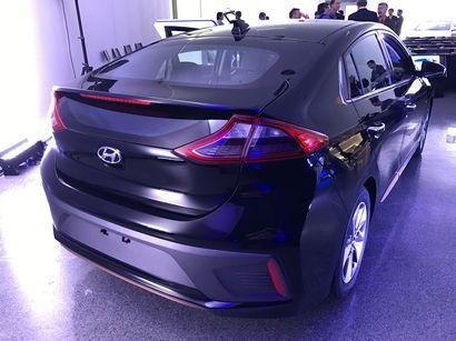 2017 Hyundai Ioniq Electric rear 3/4 view