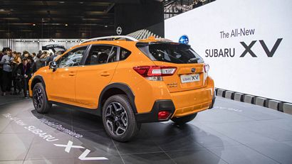 subaru unveils 2018 crosstrek lotpro. Black Bedroom Furniture Sets. Home Design Ideas