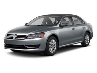 2013 Volkswagen Passat Front