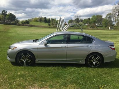 2016 Honda Accord Touring V6 side view