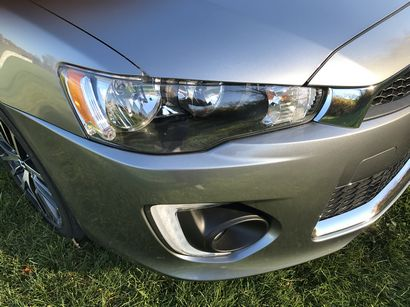2017 Mitsubishi Lancer 2.4 SEL AWC headlight and fog light detail