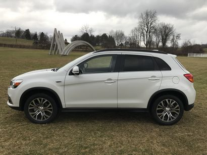 2017 Mitsubishi Outlander Sport side view
