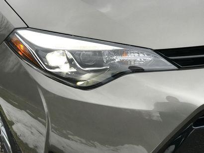 2017 Toyota Corolla Xle Headlight Detail